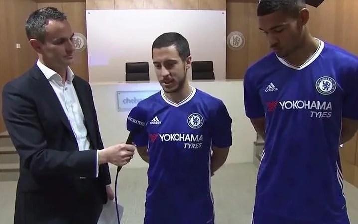 Hazard e Lftus-Cheek já deram entrevista à Chelsea TV com o novo uniforme (Foto: Facebook/Chelsea)