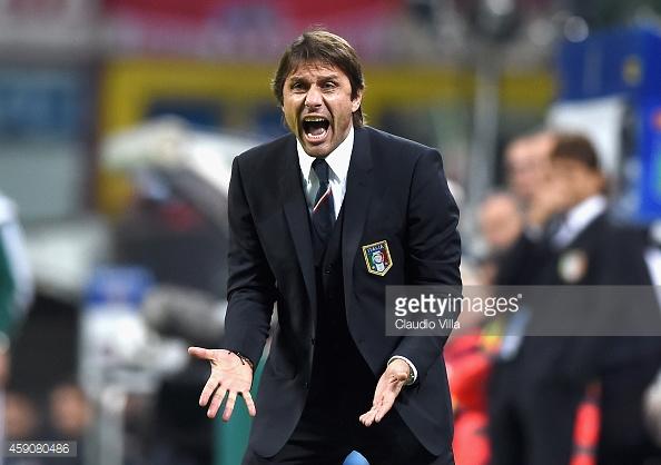 Italiano ainda cobra reforços para o clube