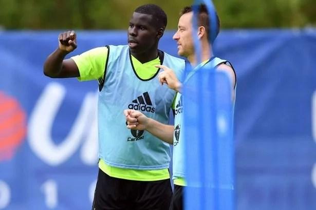 Zouma jé voltou a treinar também com o time principal (Foto: Getty Images)
