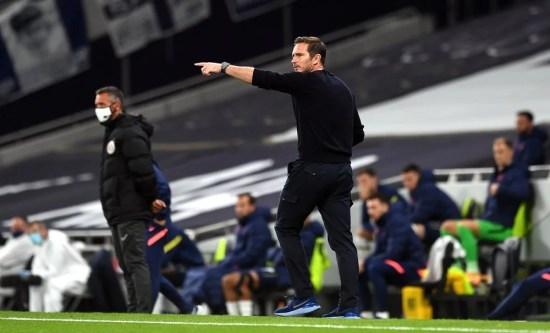 Por outro lado, Frank Lampard orientou o plantel diante de um Tottenham mais criativo. (Chelsea FC / Website)