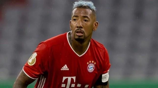 O Daily Mail afirma que Arsenal, Chelsea e Tottenham vão duelar pela contratação de Jerome Boateng, zagueiro do Bayern de Munique. (Getty Images)