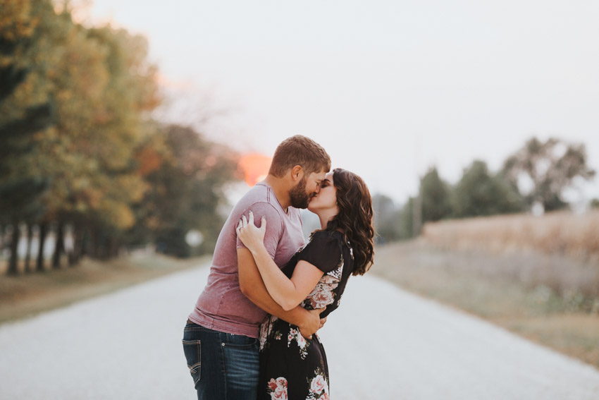 Red Sky at night - Iowa_Engagement_Photographer_Adventure_Session_Backbone_State_Park