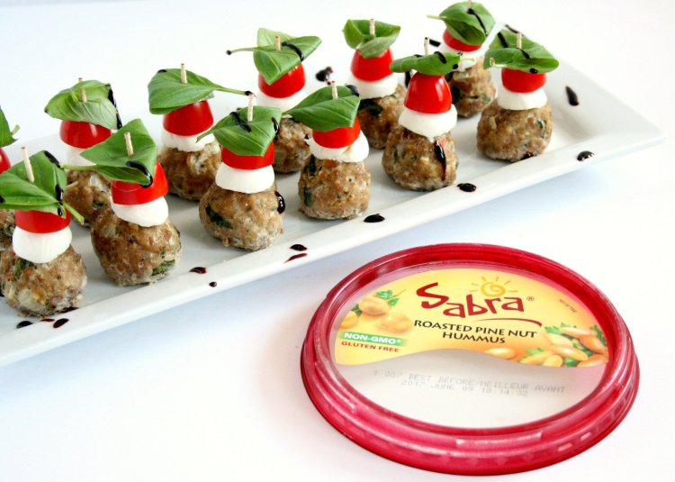Looking for a fun new appetizer for all of your spring events? Check out my caprese meatball skewers. This healthy appetizer is sure to be a crowd pleaser.