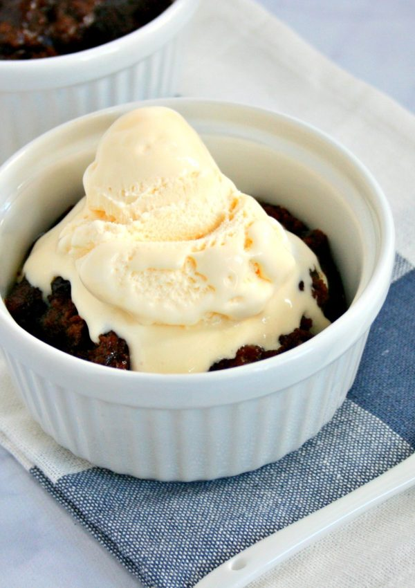 If  you like oooey, gooey, fudgey chocolate brownies,  you will love my Instant Pot Chocolate Cobbler. This decadent slow cooker dessert is easy to make and has less calories than the traditional dish.