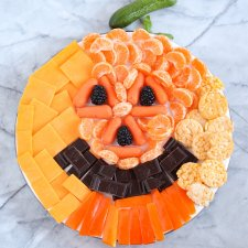 Easy Halloween Snack Board