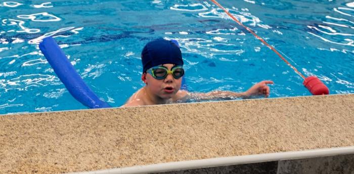 Sebby Swimming