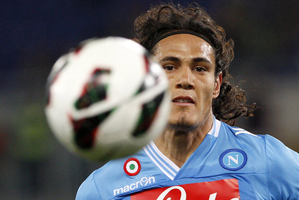 Could Cavani Be Close To Chelsea Switch?