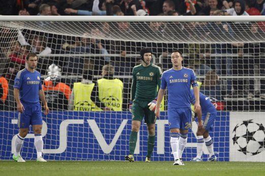 Chelsea's+Branislav+Ivanovic+(L),+Petr+Cech+(C)+and+John+Terry