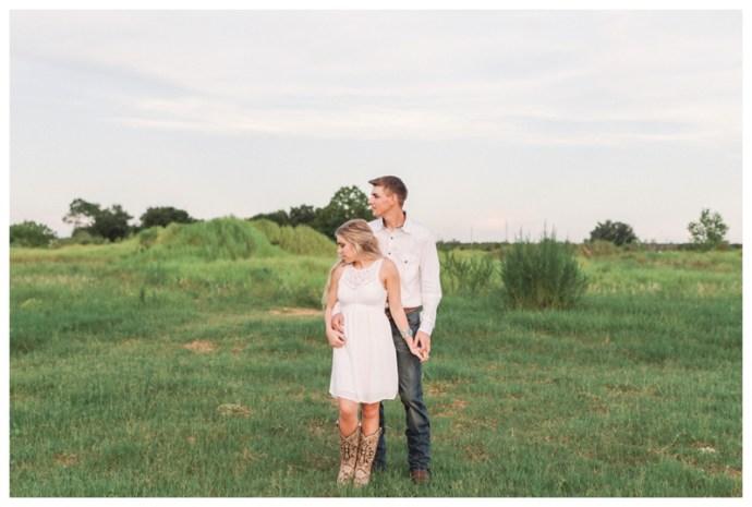 Lakeland-Wedding-Photographer_Kristen+Wade_Engagement-Session_Clermont-FL_09.jpg