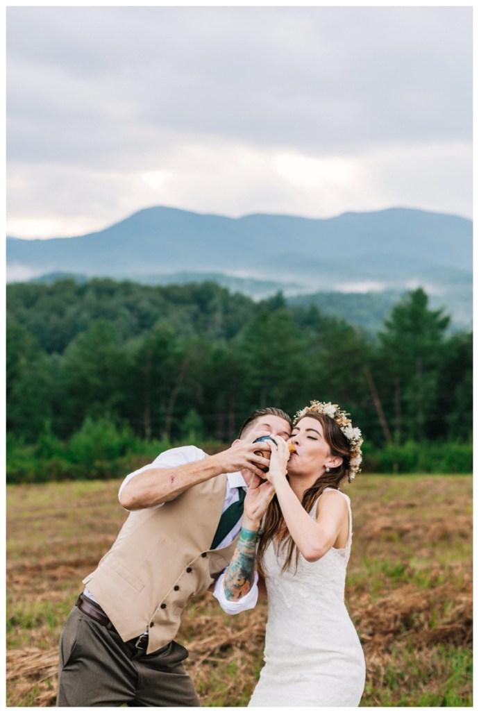 Destination_Wedding_Photographer_Mountain-Top-Cabin-Wedding_Elizabeth-and-Benjamin_Dahlonega-GA_0092.jpg