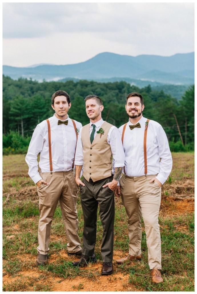 Destination_Wedding_Photographer_Mountain-Top-Cabin-Wedding_Elizabeth-and-Benjamin_Dahlonega-GA_0110.jpg