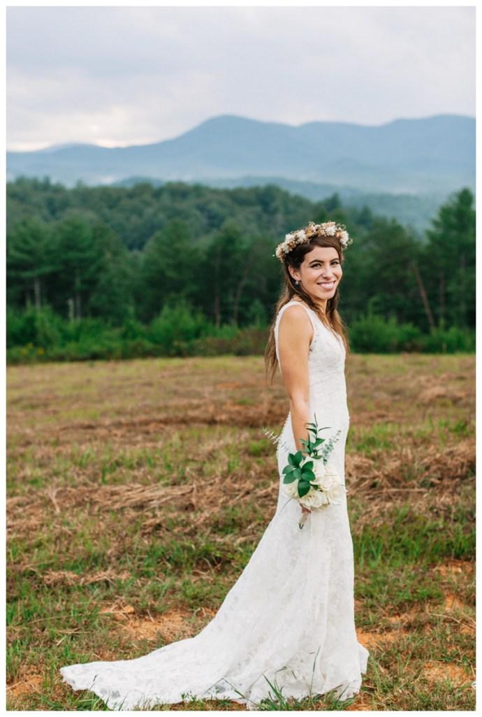 Destination_Wedding_Photographer_Mountain-Top-Cabin-Wedding_Elizabeth-and-Benjamin_Dahlonega-GA_0113.jpg