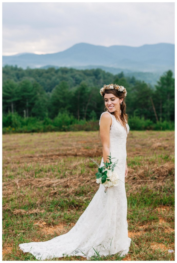 Destination_Wedding_Photographer_Mountain-Top-Cabin-Wedding_Elizabeth-and-Benjamin_Dahlonega-GA_0114.jpg