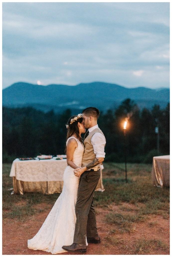 Destination_Wedding_Photographer_Mountain-Top-Cabin-Wedding_Elizabeth-and-Benjamin_Dahlonega-GA_0138.jpg