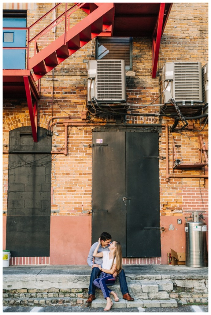 Tampa-Wedding-Photographer_Downtown-Engagement_Savannah-and-Collin_Tampa-FL_87.jpg