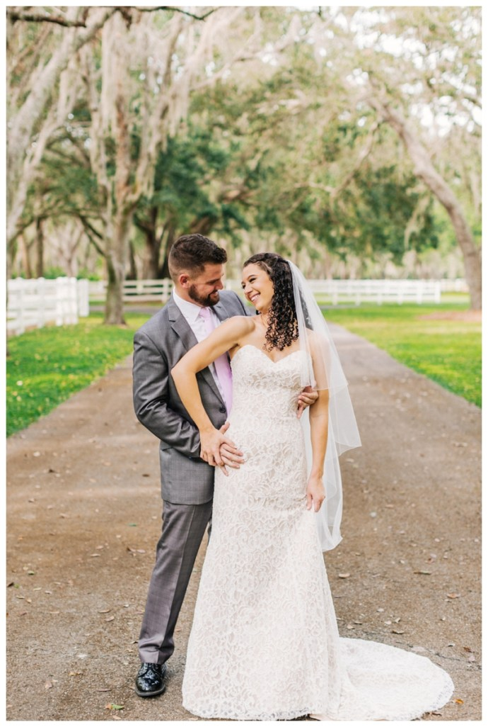 Lakeland-Wedding-Photographer_Wedding-at-The-Lange-Farm_Abby-and-Phillip_Zephyrhills-FL_0195.jpg