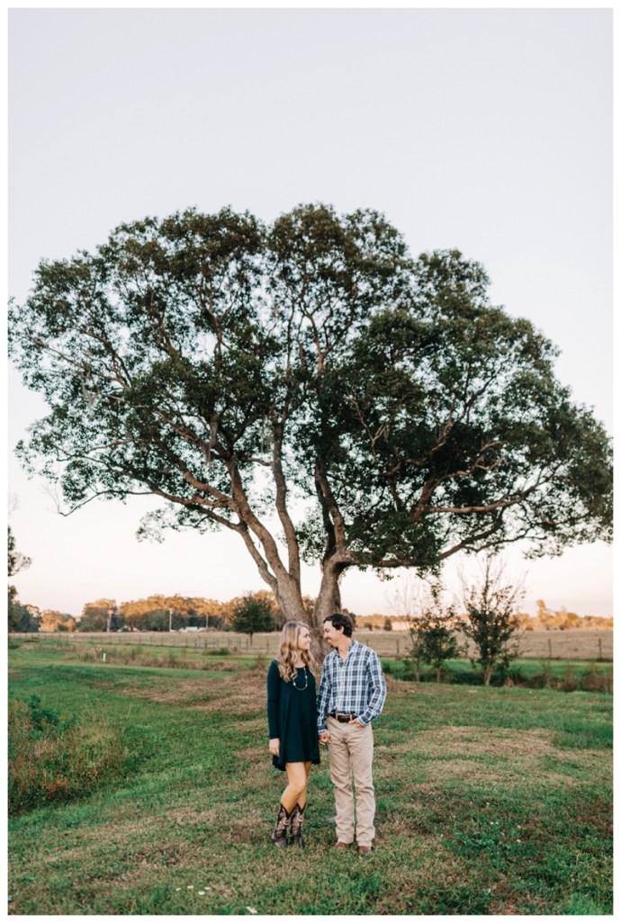 Tampa-Wedding-Photographer_Kathleens-Garden-Engagement-Session_Lauren-and-Austin_Tampa-FL_0614.jpg