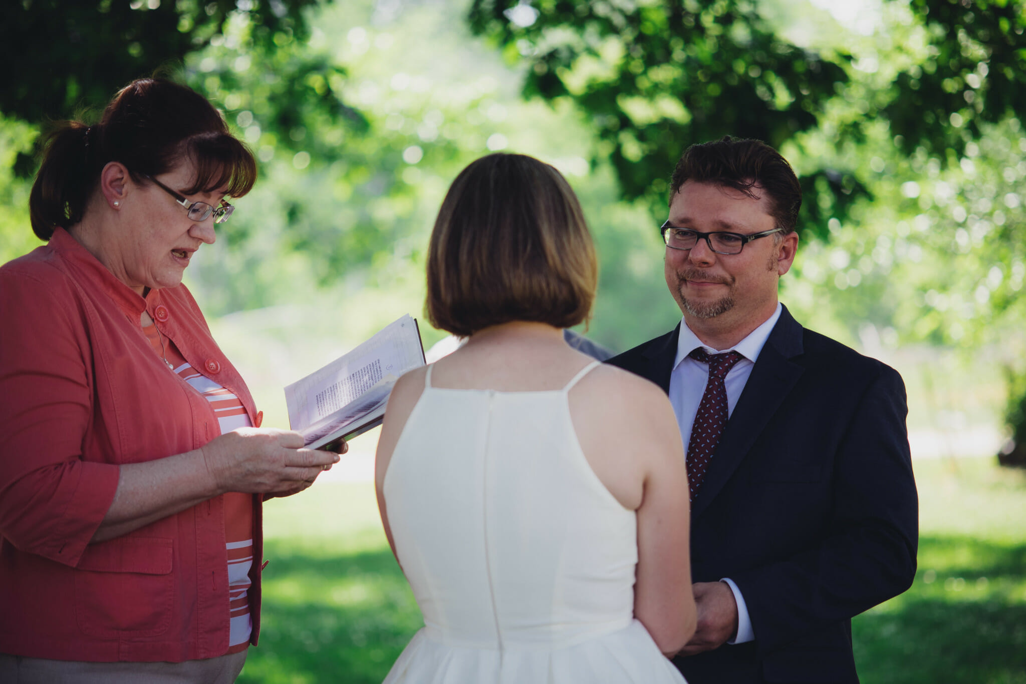 couple says vows at outdoor wedding