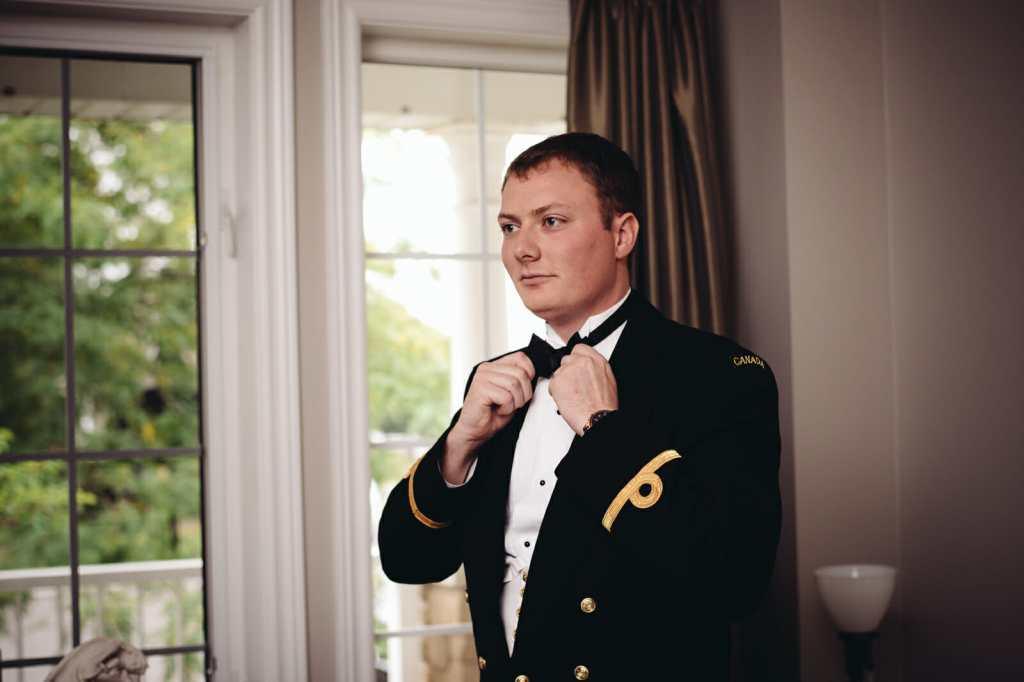 groom getting ready for brooklin ontario wedding