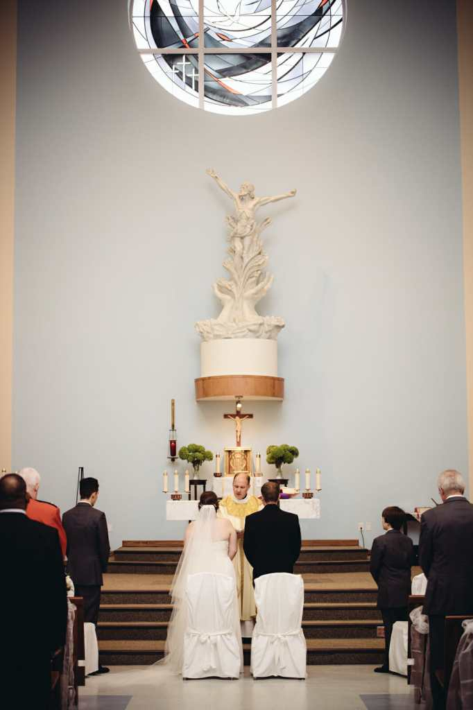 full mass wedding ceremony at st leo church wedding brooklin