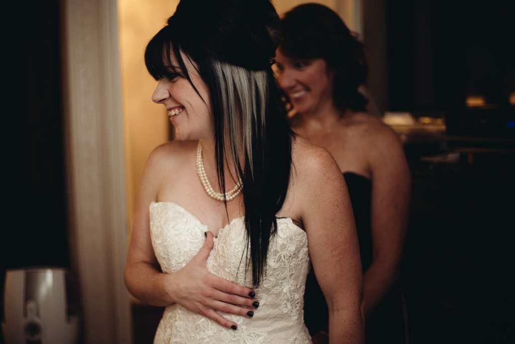 bride getting ready for st Joseph's church bowmanville wedding