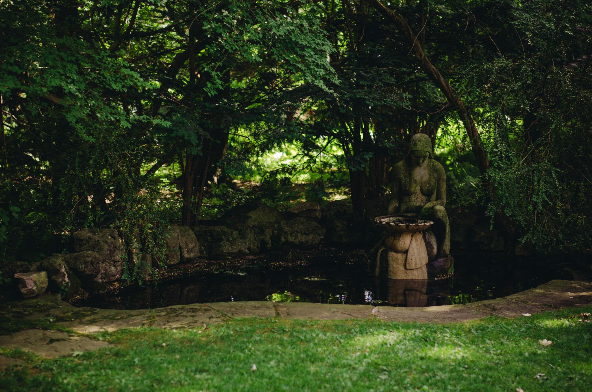 pond with fountain at parkwood oshawa