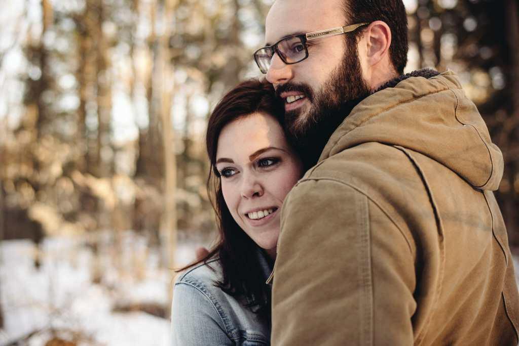 winter hiking photoshoot