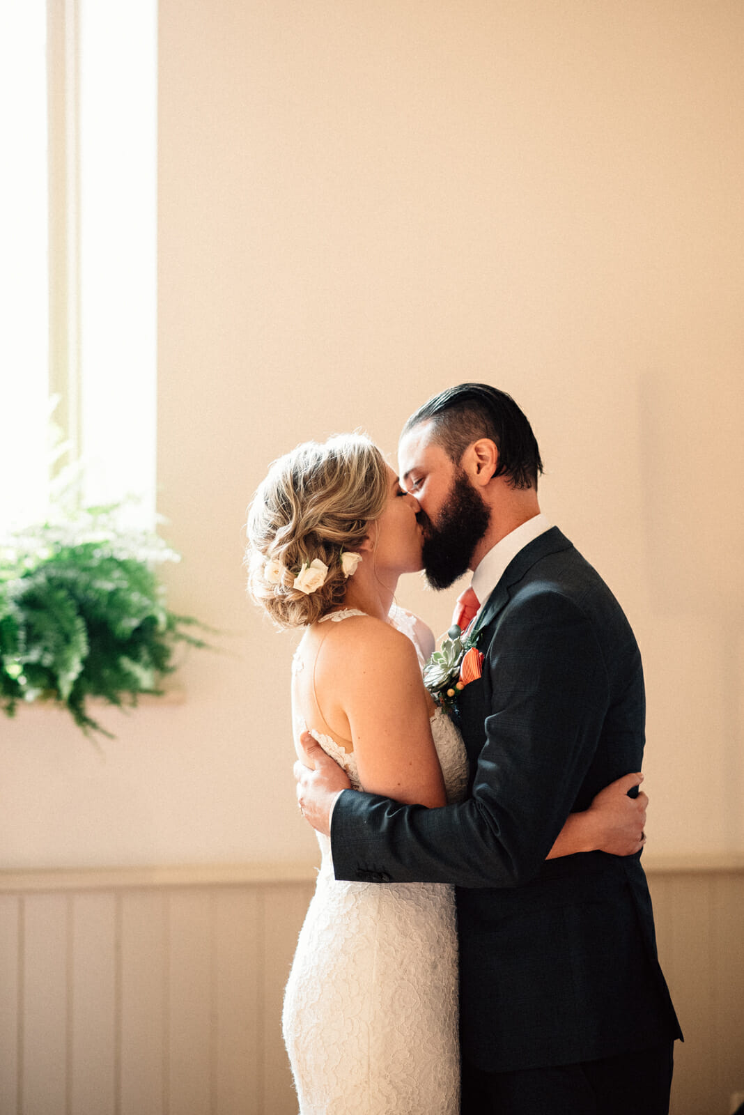 first kiss during toronto wedding ceremony enoch turner
