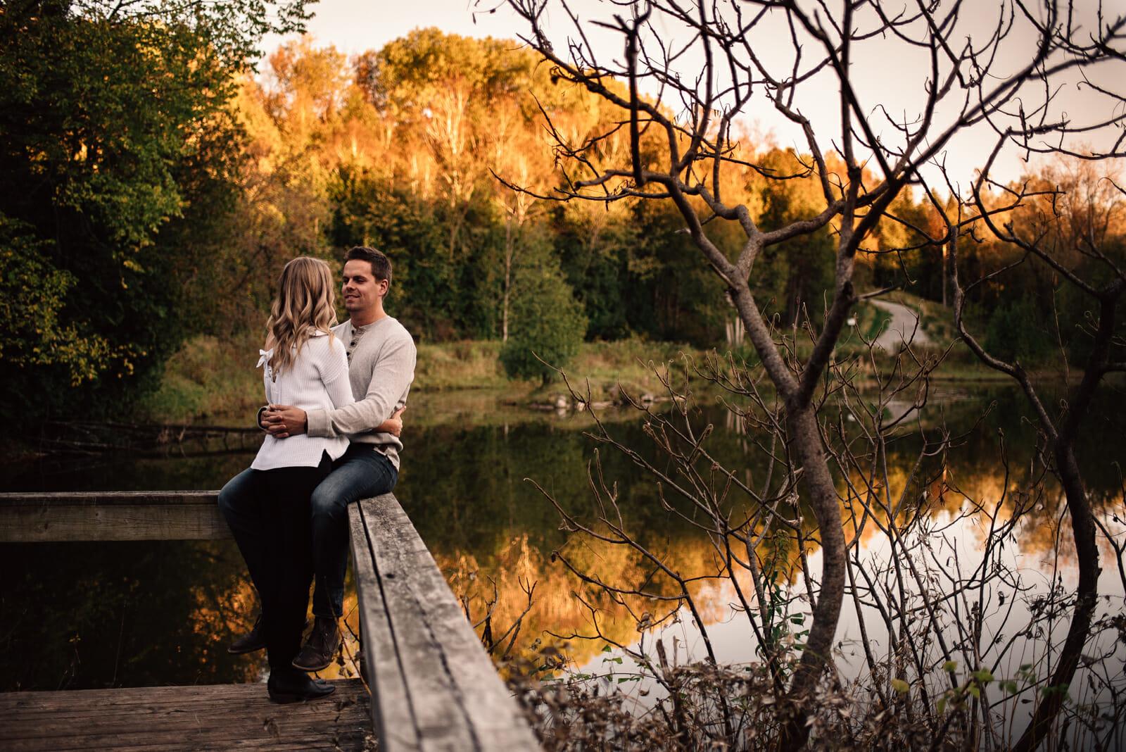 fall couple photos durham region