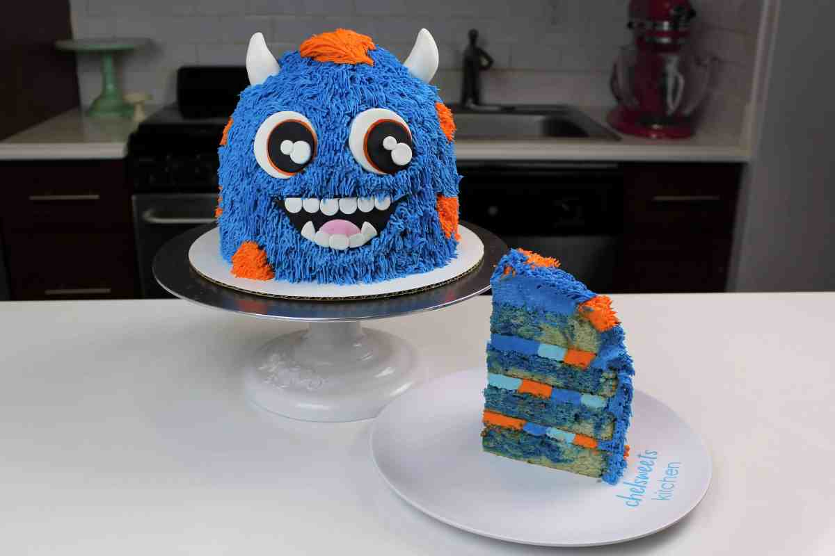 Banana Monster Smash Cake Chelsweets