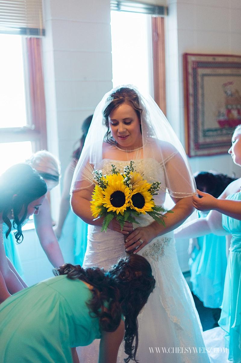 chelsy-weisz-photo-williston-wedding-photographer-mccody-concret-wedding-our-redeemers-church-2