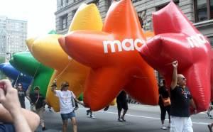 2011-06-27-Gay_Pride_Parade_NYC_2011_H