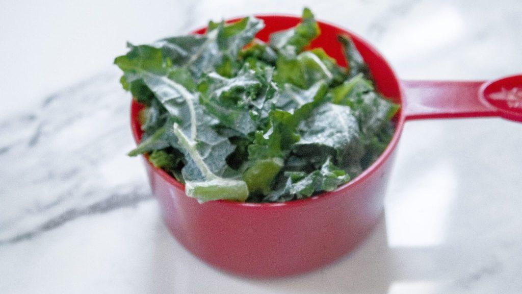 mango kale smoothie