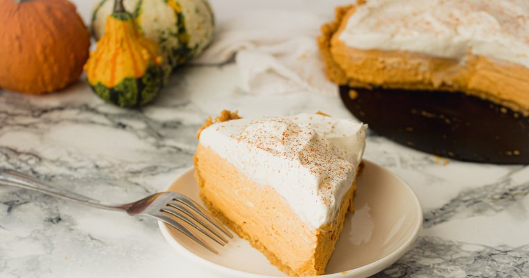 Pumpkin Mousse Pie with Maple Cookie Crust