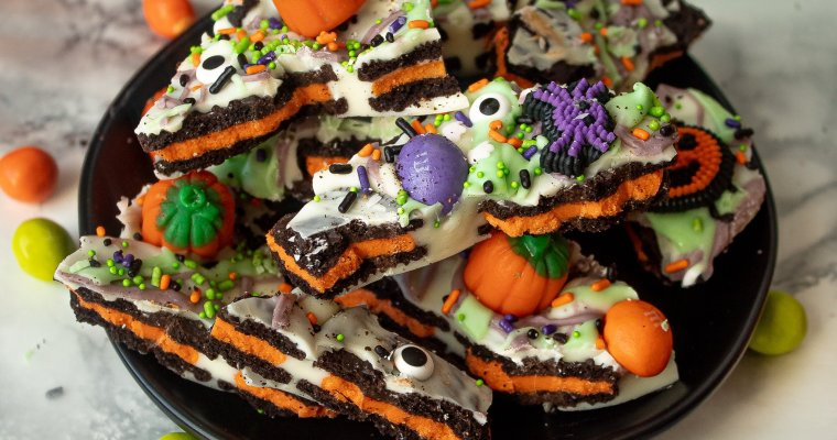 Halloween Oreo White Chocolate Bark