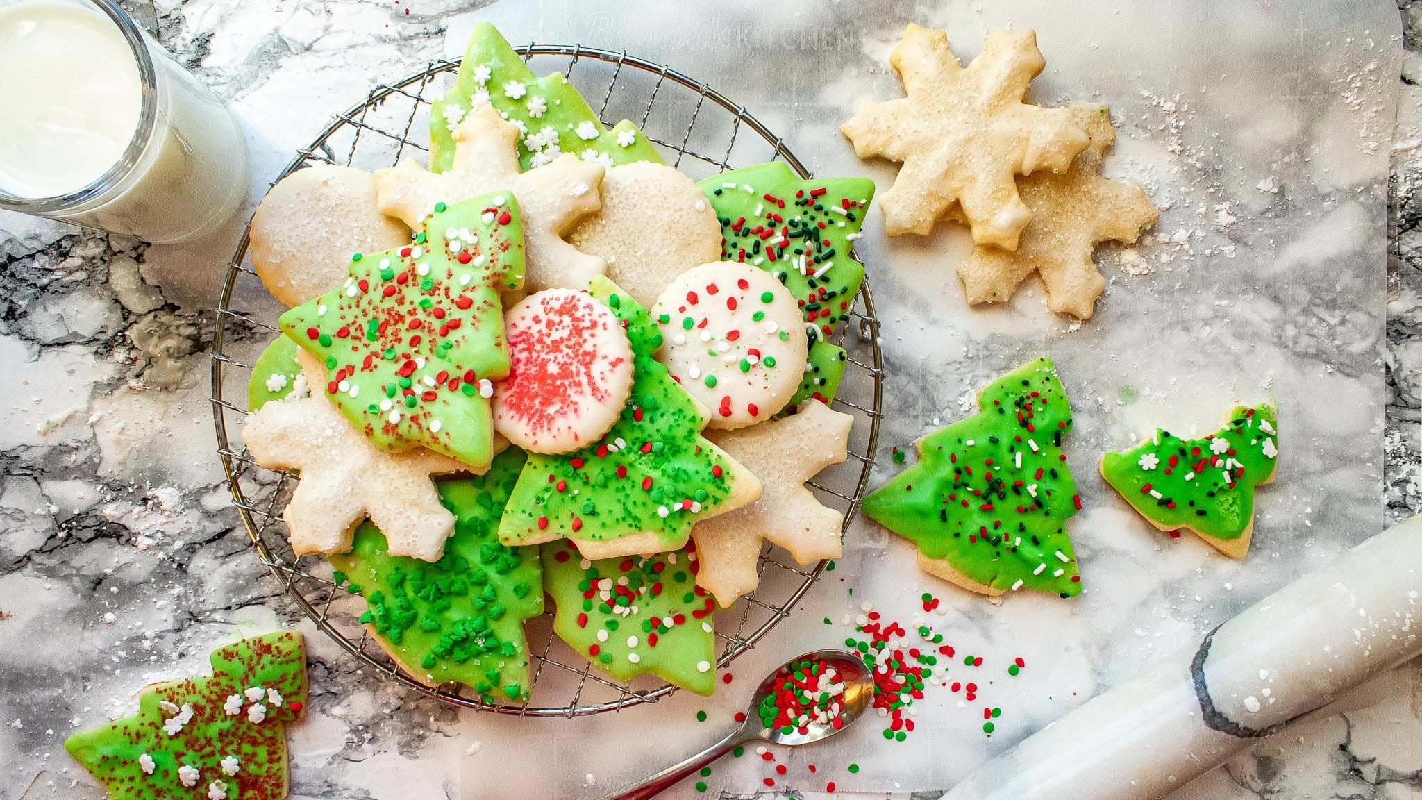 Sugar Cookies with Sprinkles – Easy Cutout Recipe