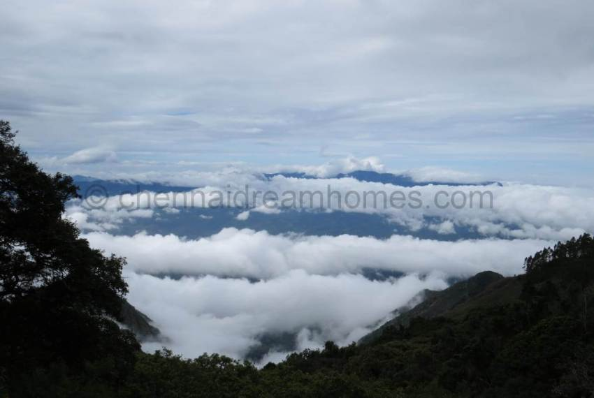 Mountains_shrouded_in_clouds.224214133_large