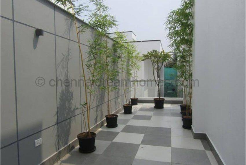 terrace-garden-area-day-view