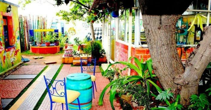 MadHatter's Tea Garden - Best Theme Restaurants in Chennai
