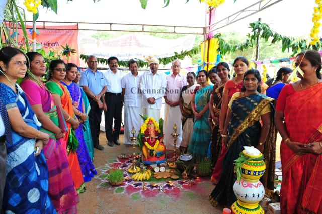 Saveetha-university-Pongal-celeberation-2016