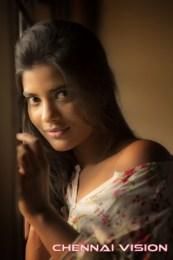 Tamil Actress Aishwarya Rajesh Photos by Chennaivision