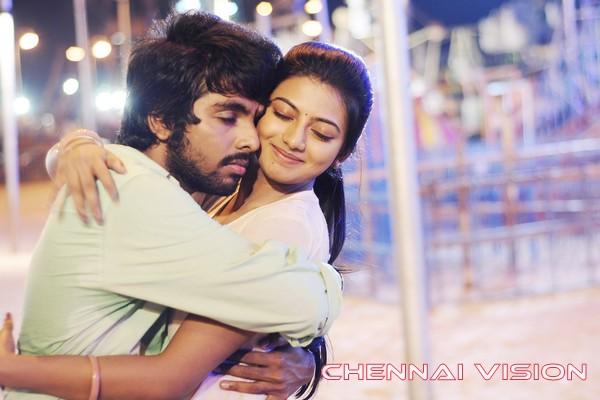 Trisha Illana Nayanthara Tamil Movie Photos by ChennaiVision