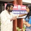 Kadhalum Kadandhu Pogum Tamil Movie Photos