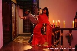 Nee Enna Maayam Seithai Tamil Movie Photos by Chennaivision