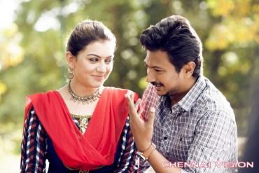 Manithan Tamil Movie Photos