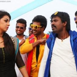 Velainu Vandhutta Vellaikaaran Tamil Movie Photos