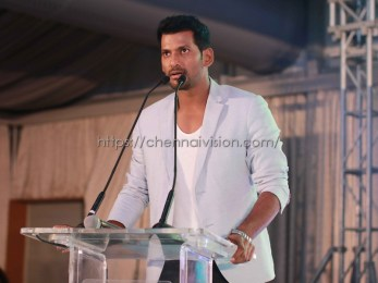Tamil Actor Vishal Photos