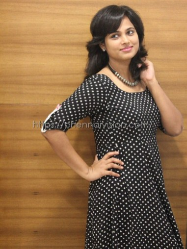 Actress Ramya Pandian Photos 9