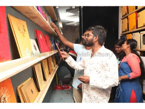 MaKaPa Anandh Launches Wedding Street & Gleeful Cards