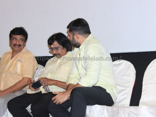 Bhaskar Oru Rascal press meet stills 3